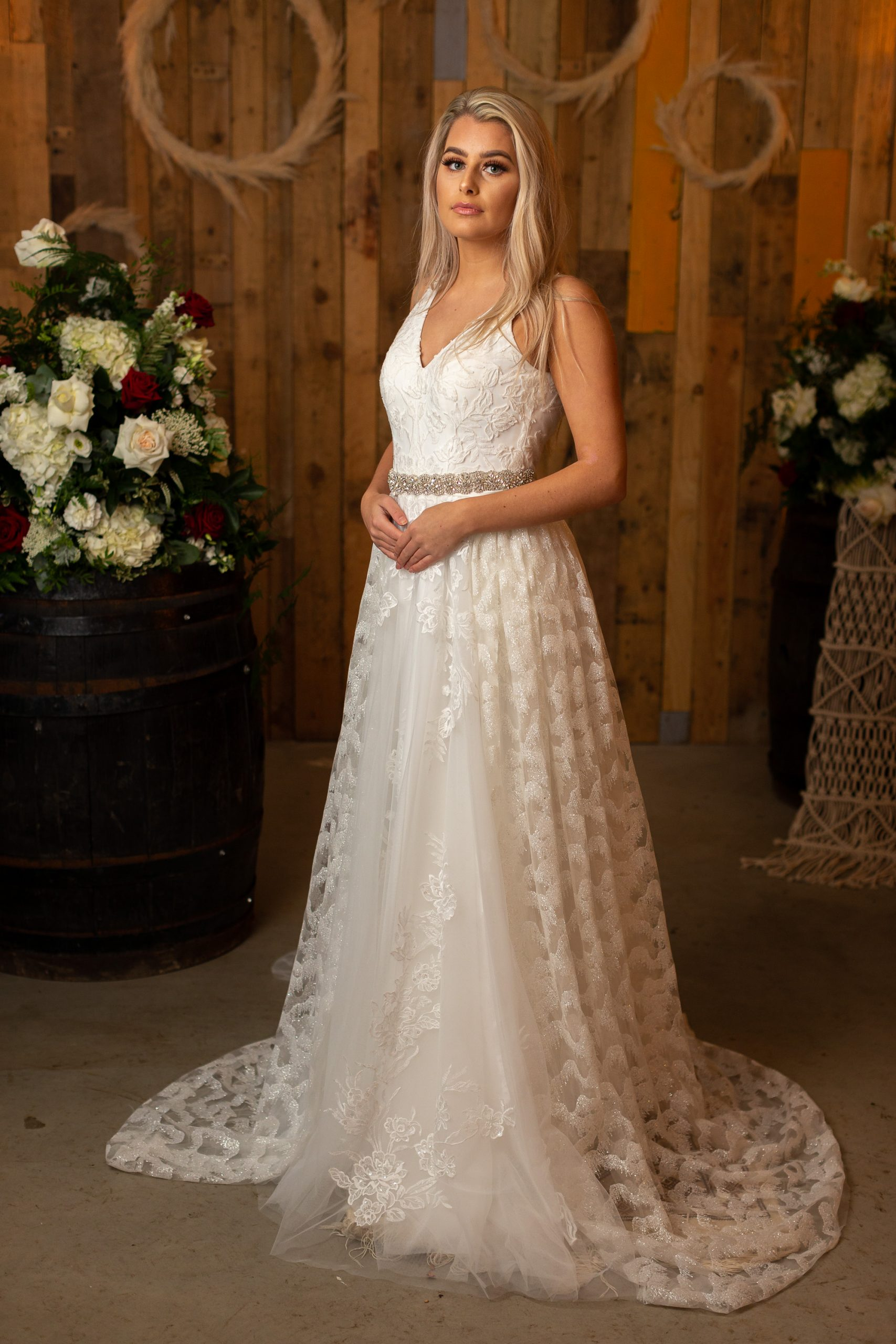 Fitted Lace Flared DESIGN 19-9531.1
