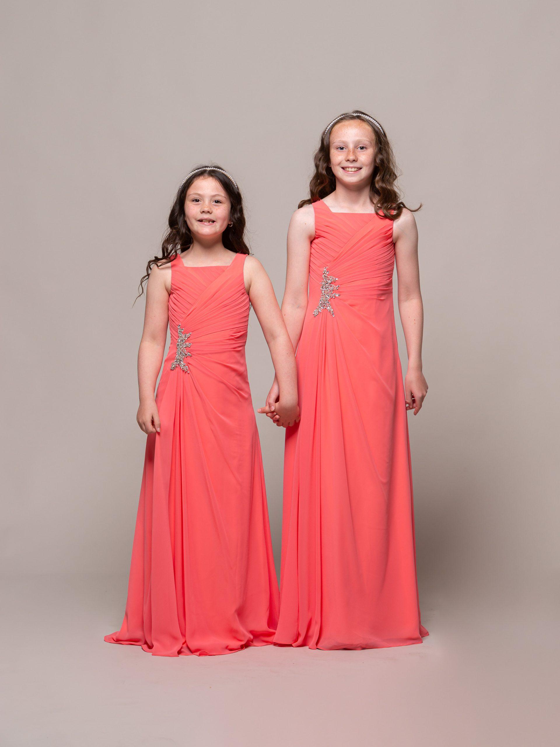 MAB05JNC12 19-4454 - MAB 05 JN Coral 1 Junior bridesmaid dress in coral