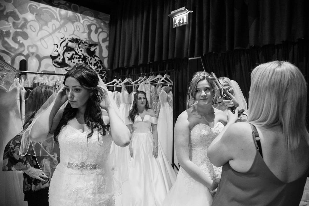 Design your dream wedding dress