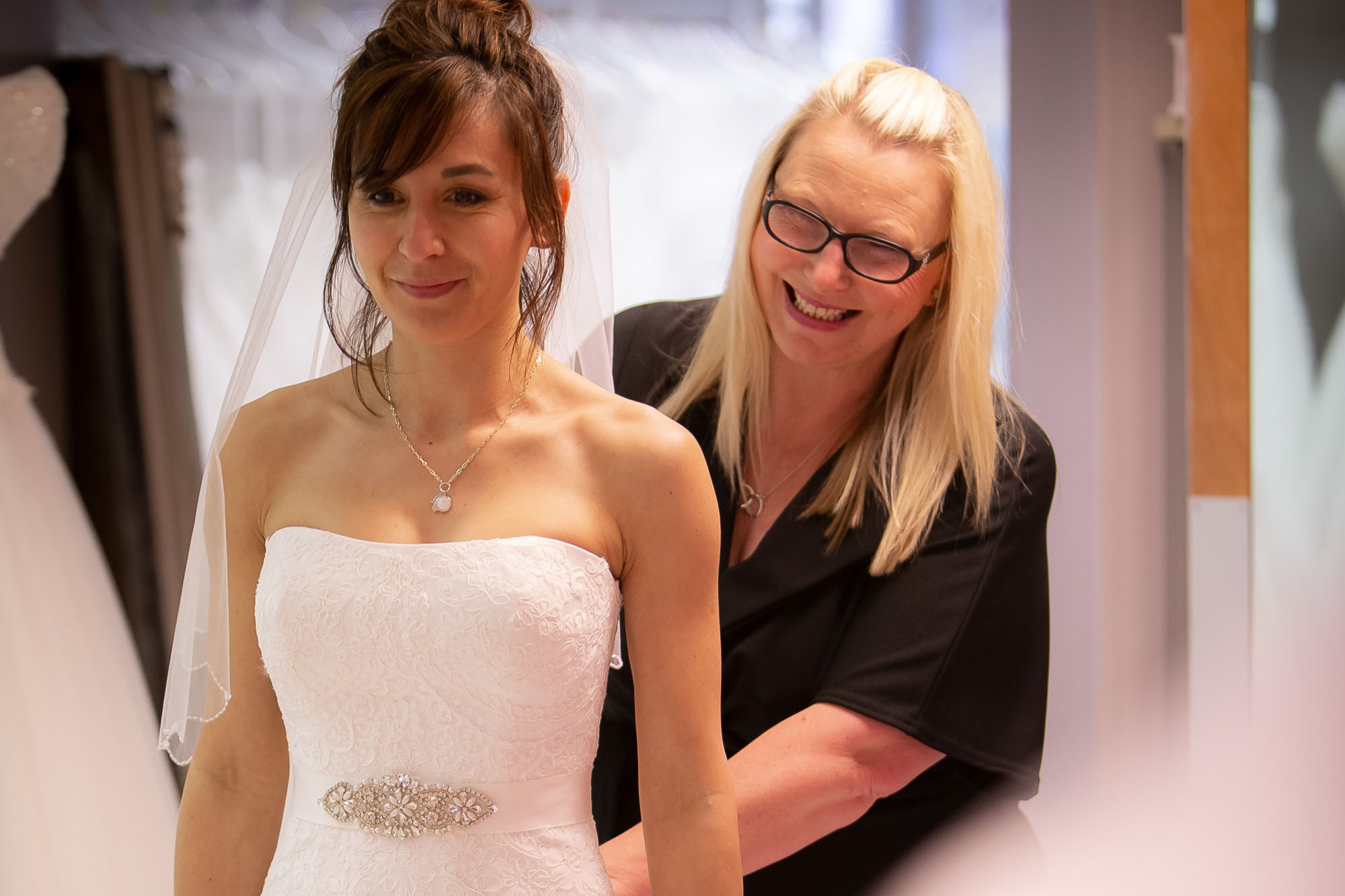 elite-bridal-appointment-fitting